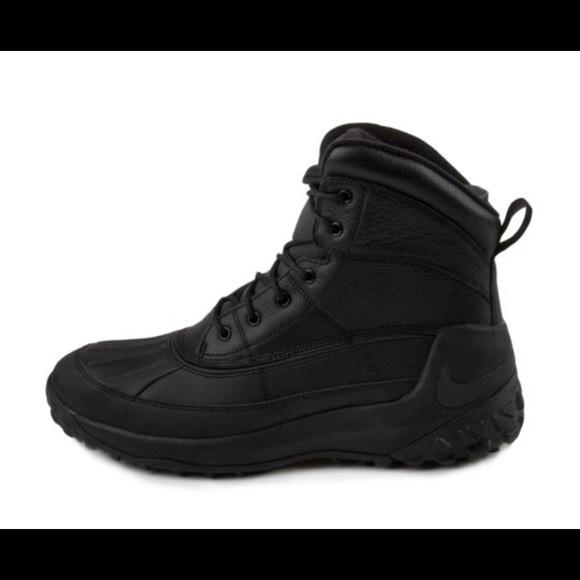 0224143ebba Nike Kynwood Triple Black Duck Boots Mens 9.5 12 NWT